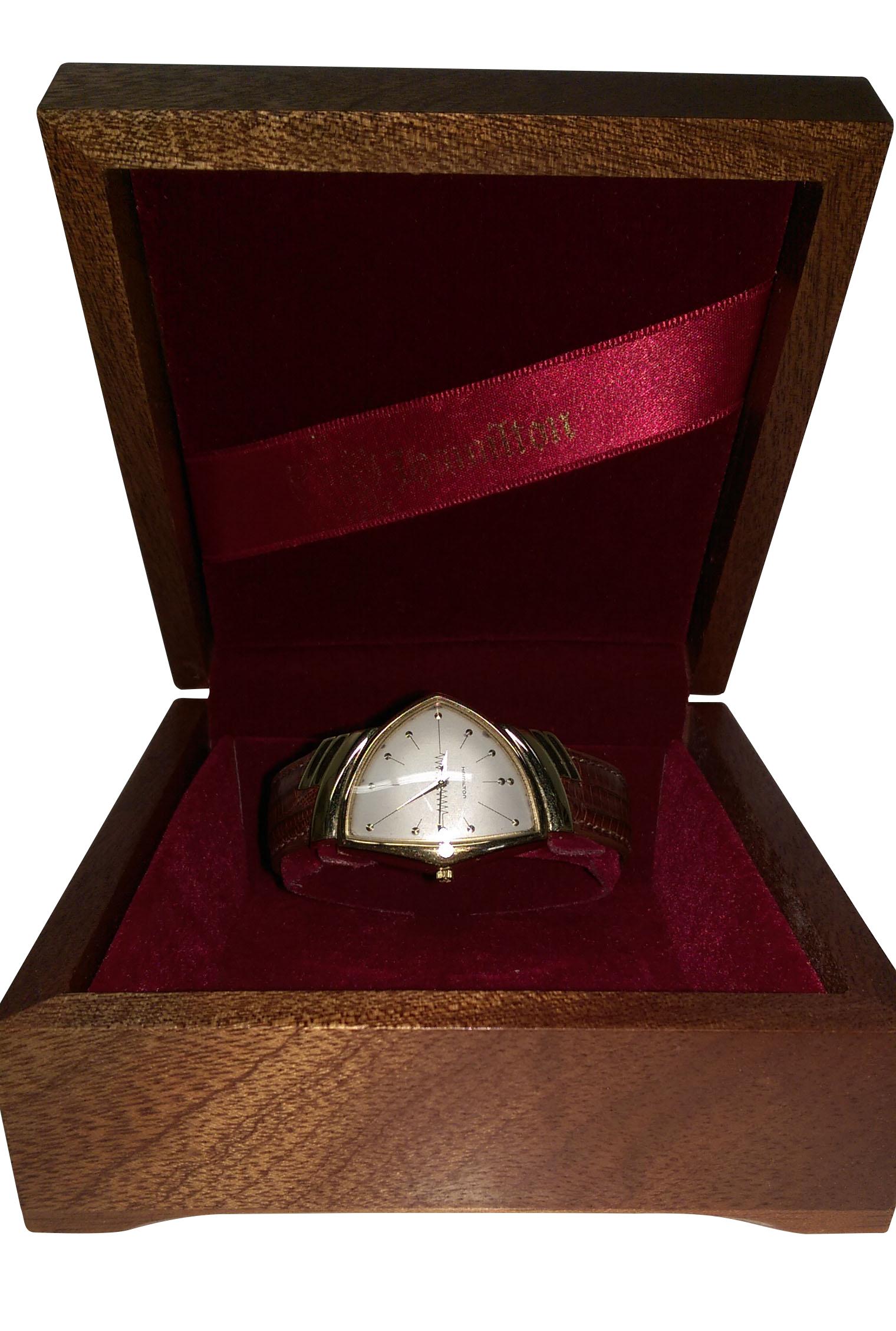 montre hamilton ventura ltd1 2132 horlogerie luxe tous les produits d. Black Bedroom Furniture Sets. Home Design Ideas