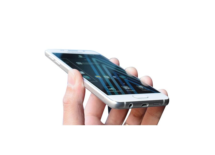smartphones samsung galaxy a3 2016 blanc 16 go d bloqu d 39 occasion. Black Bedroom Furniture Sets. Home Design Ideas